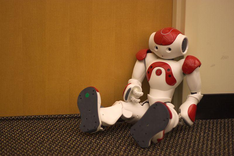 800px-Nao_humanoid_robot